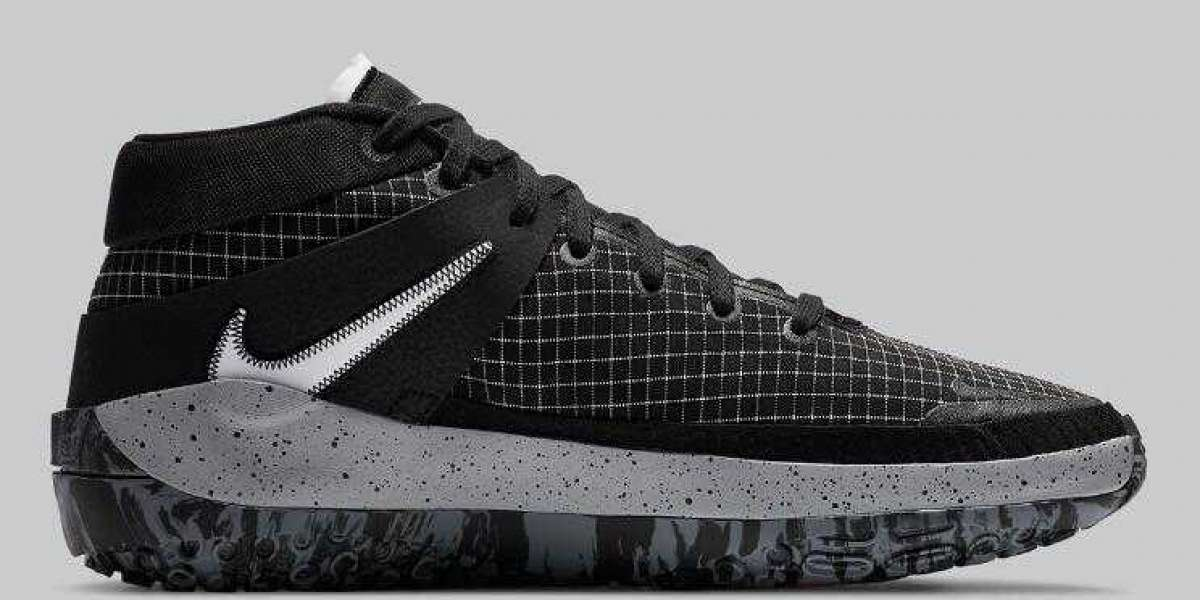 2020 Nike KD 13 Oreo Black White is Available Now