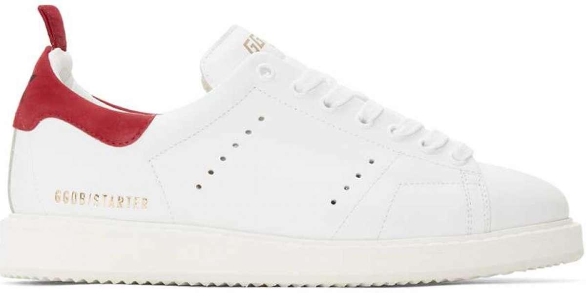 Golden Goose Sneakers pairs