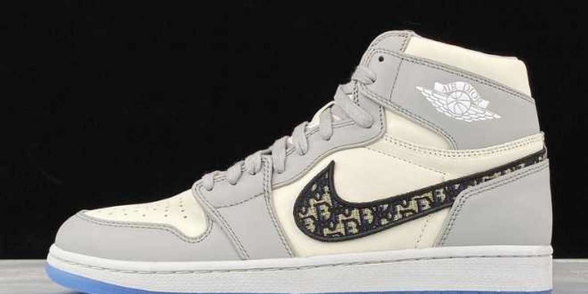 """Dior x Air Jordan 1 will be available next year? Or """"Chicago"""" color?"""