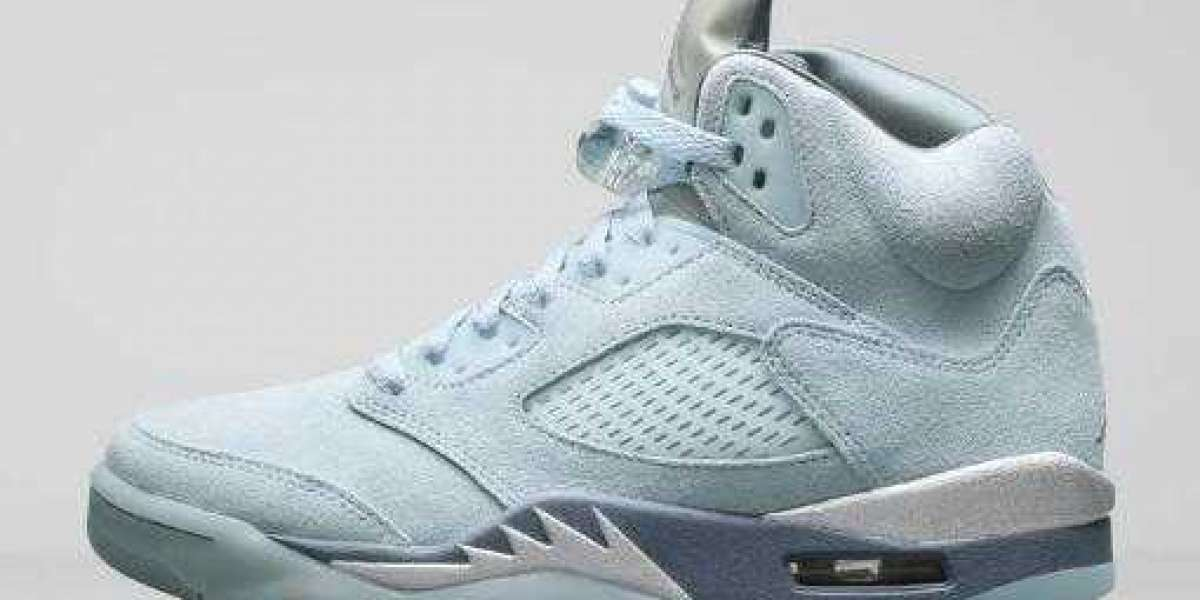 "Women's Air Jordan 5 ""Blue Bird"" to Release for Holiday Season"